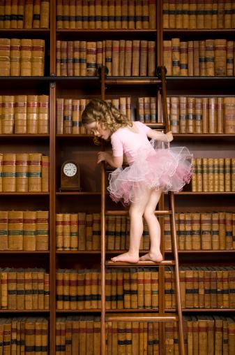 Ballerina in bibliotheek