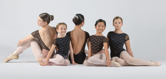Hoe hoort de pasvorm van een balletpakje te zitten?
