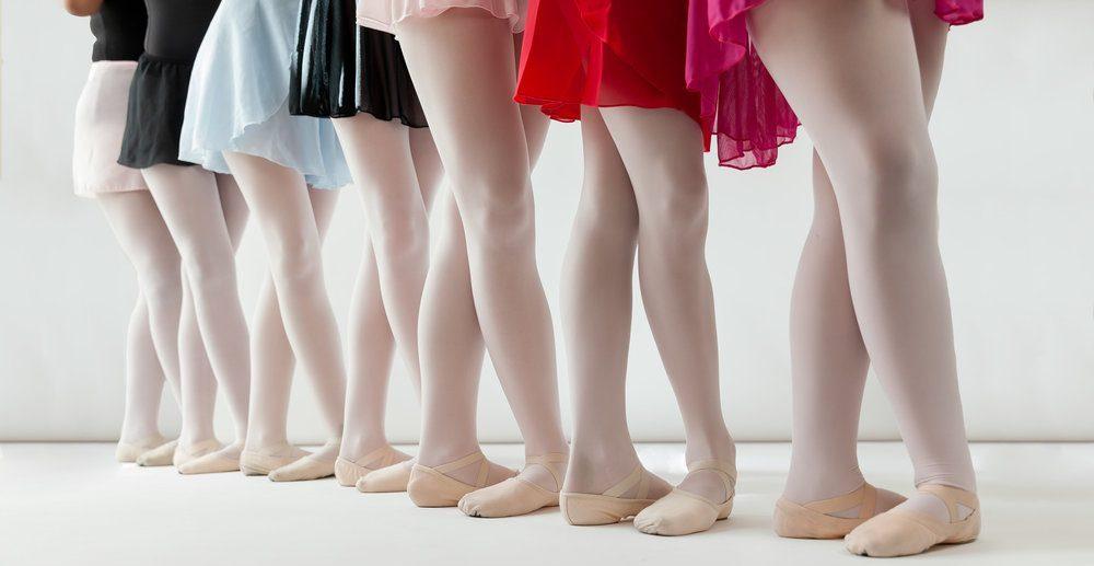 roze balletpanty's in de balletles