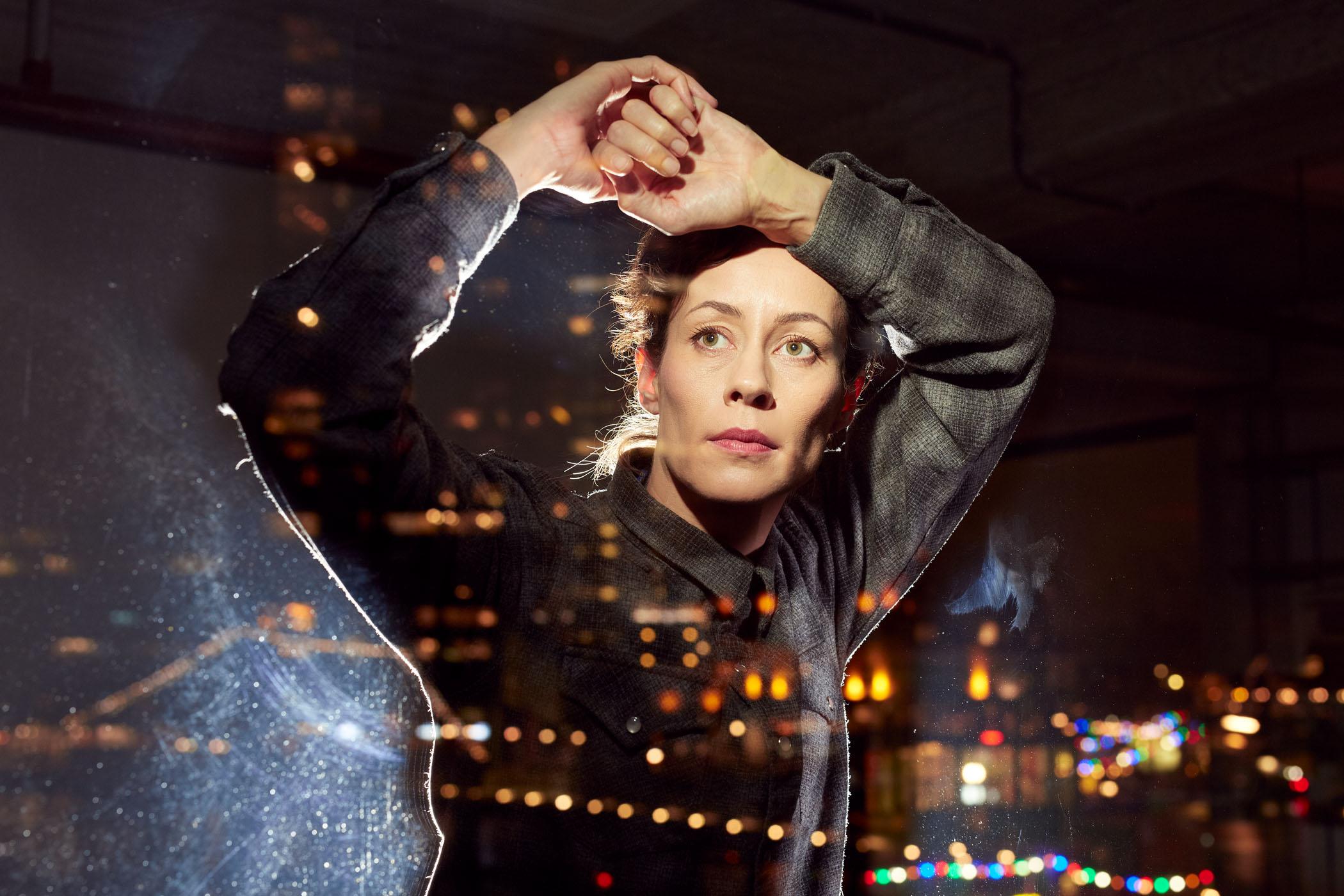 Yanaika Holle in het campagnebeeld bij FRAMED Conny Janssen Danst
