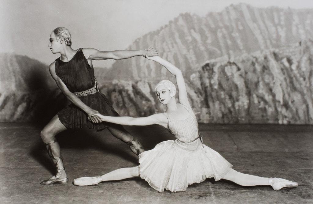Ballets Russes in kostuums van Coco Chanel (1928)